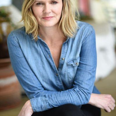Portrait of Laura Gabbert